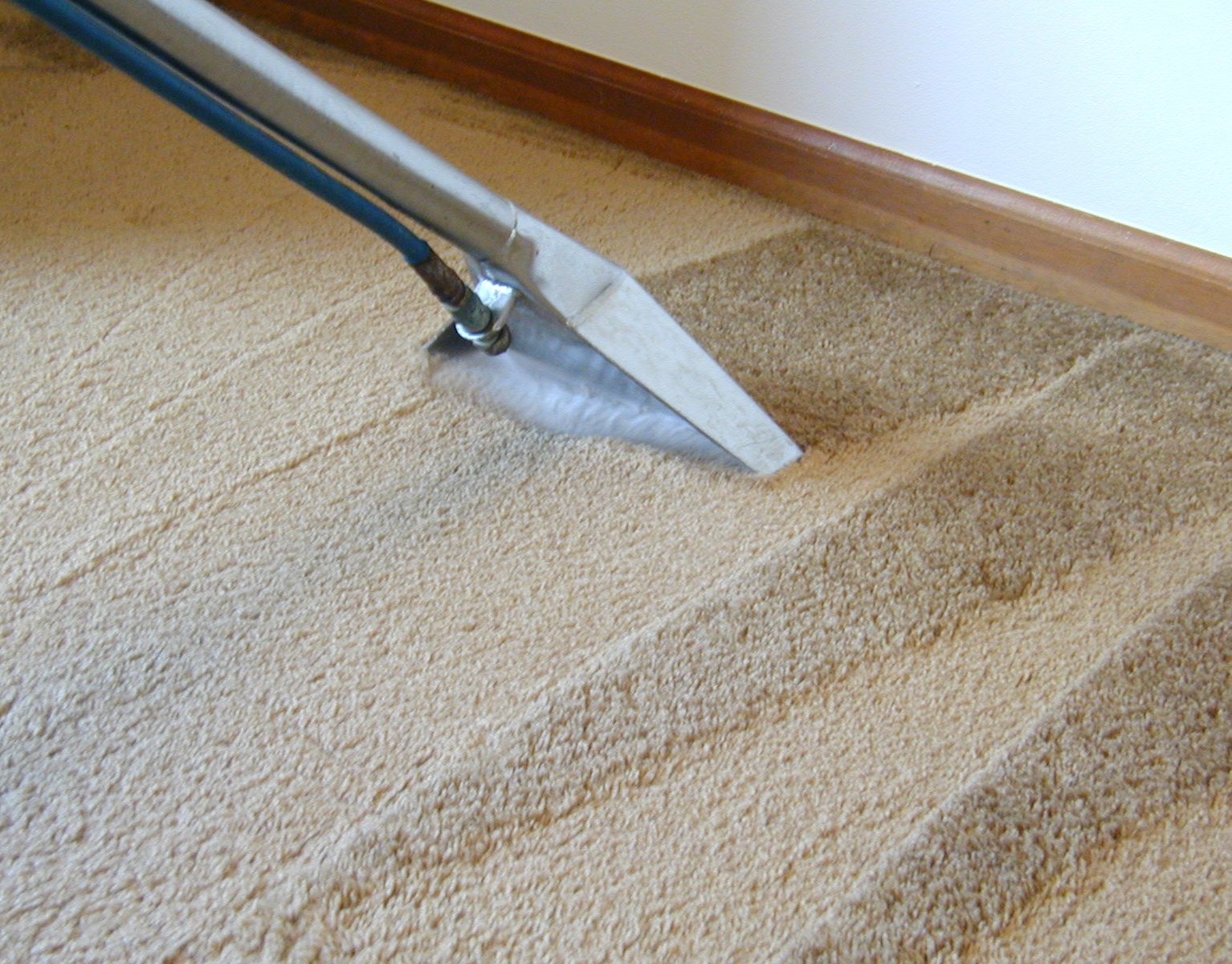 First Choice Carpet Cleaning - Using a carpet cleaner on tile floors